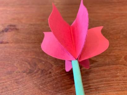 Paper Tulip Step 12